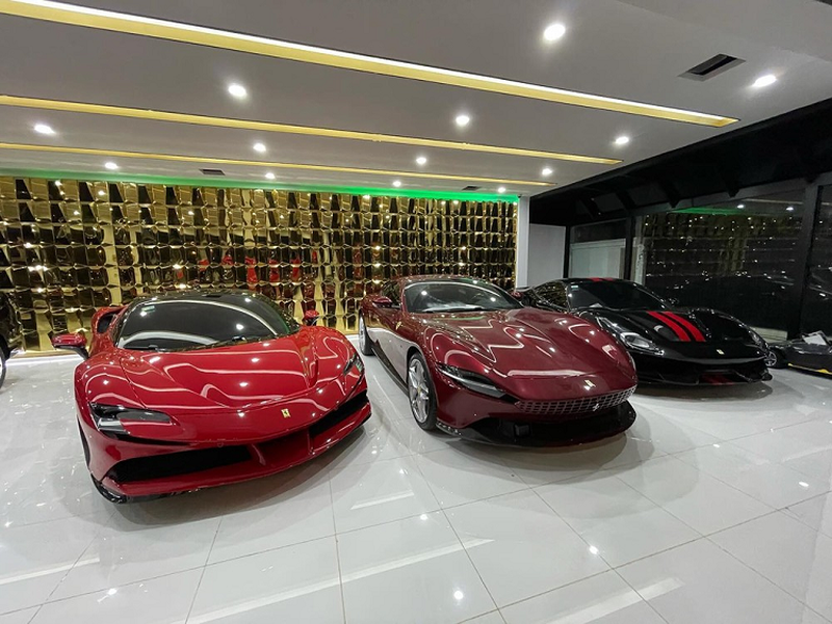 Muc so thi garage sieu xe cua dai gia Campuchia