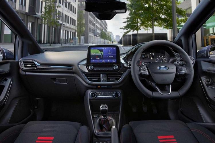 Chi tiet xe cho hang gia re Ford Fiesta Van 2022-Hinh-3