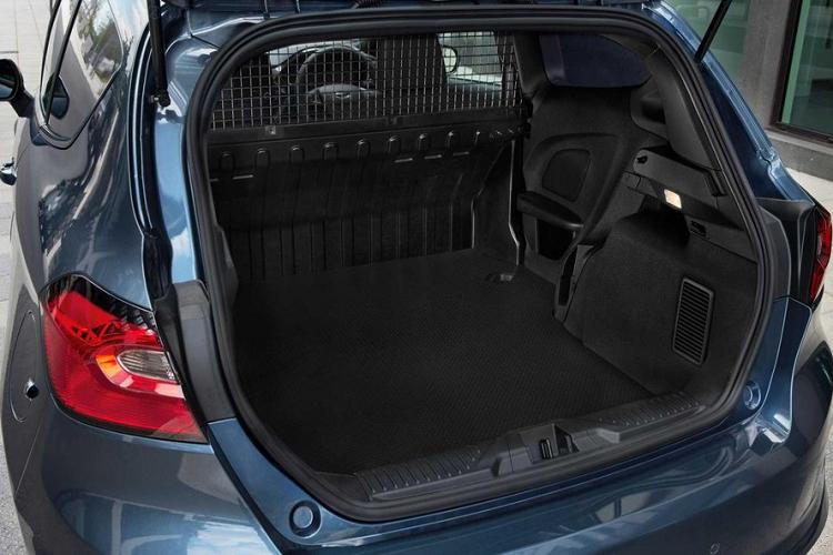 Chi tiet xe cho hang gia re Ford Fiesta Van 2022-Hinh-6