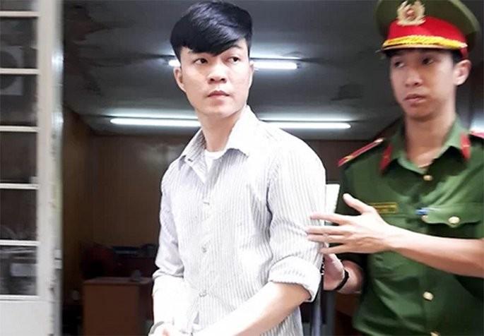 Nhan vien ngan hang Hang Hai trom 31,5 ty tu 25 cay ATM de tra no ca do