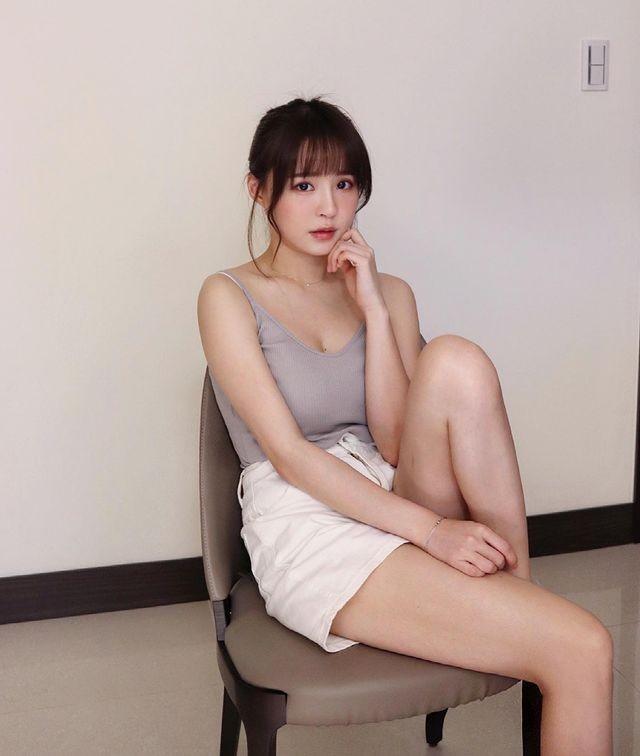 Hot girl Nguyen Nguyen dien do ngu nong bong-Hinh-6