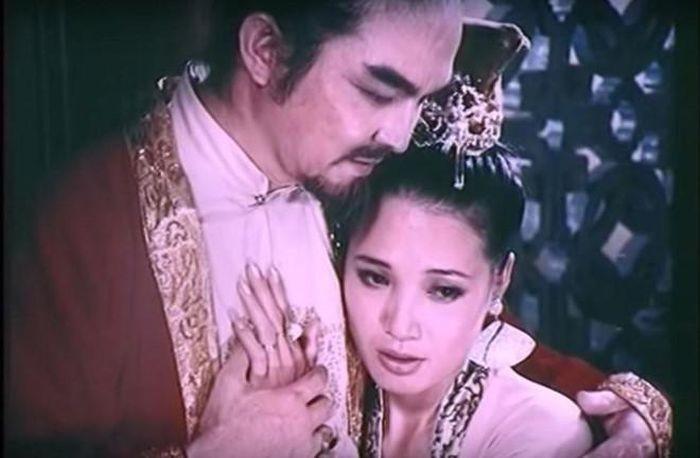 Vi sao chua Trinh me dam tuyen phi Dang Thi Hue?-Hinh-12