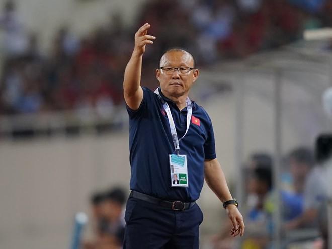 Doi tuyen Viet Nam duoc thuong 'nong' hang ty sau chien thang Malaysia-Hinh-2