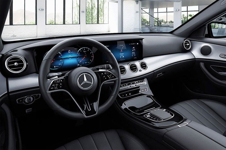 Sieu xe Mercedes-Benz E180 2021 ra mat gia hon 2 ty dong-Hinh-3