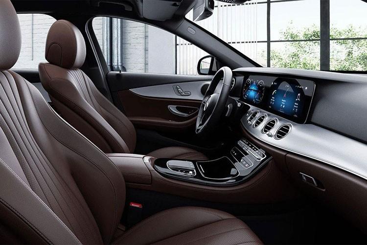 Sieu xe Mercedes-Benz E180 2021 ra mat gia hon 2 ty dong-Hinh-4
