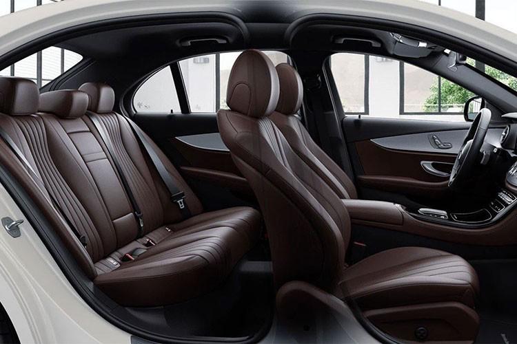 Sieu xe Mercedes-Benz E180 2021 ra mat gia hon 2 ty dong-Hinh-5