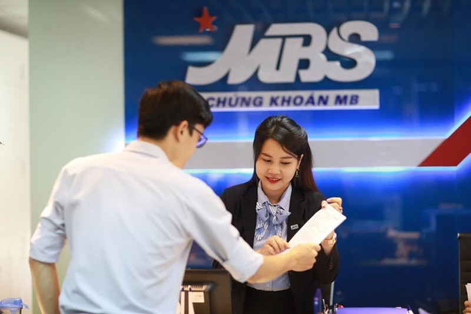 Chung khoan MB (MBS) se phat hanh 103 trieu cp, tang von len 2.676 ty dong