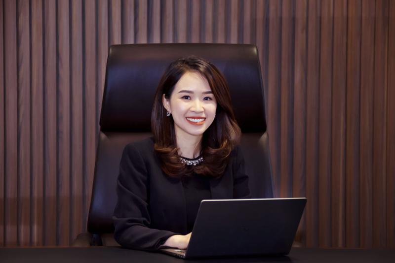 Chan dung 'nu tuong' sinh nam 1985 cua Kienlongbank