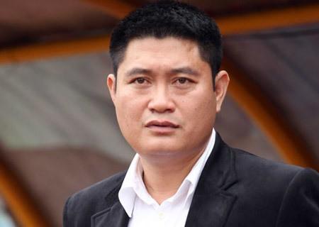 'Bau' Thuy chinh thuc giu chuc Pho Chu tich LienVietPostBank