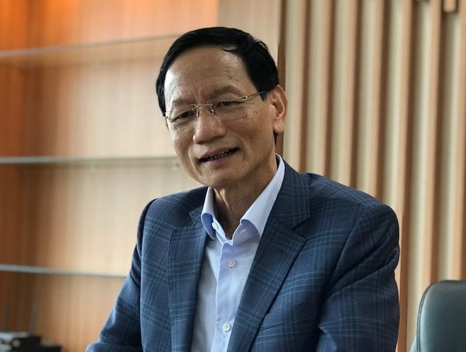 Em gai dai gia Vu Van Tien thao chay khoi ABBank
