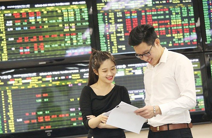 BSC: VN-Index co the tao dinh ngan han 1.420 diem trong thang 8