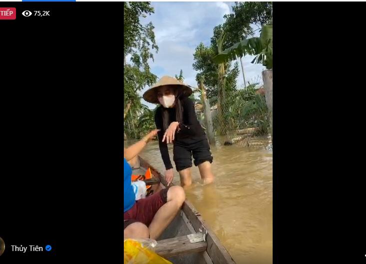 Hinh anh ca si Thuy Tien keu goi duoc 100 ty dong, lao vao lu du cuu tro dong bao-Hinh-3