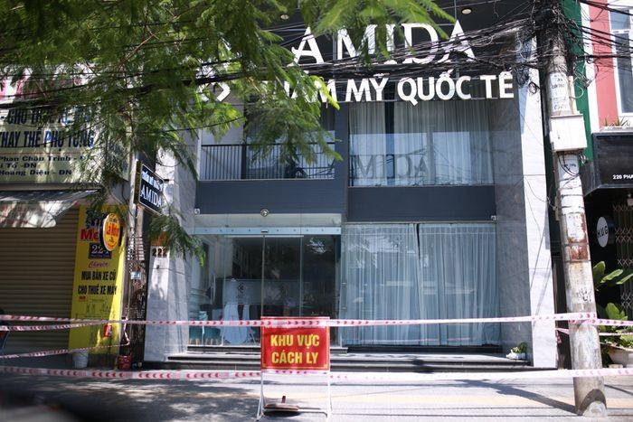 Tong giam doc tham my vien quoc te AMIDA mac COVID-19 tung di nhung dau?