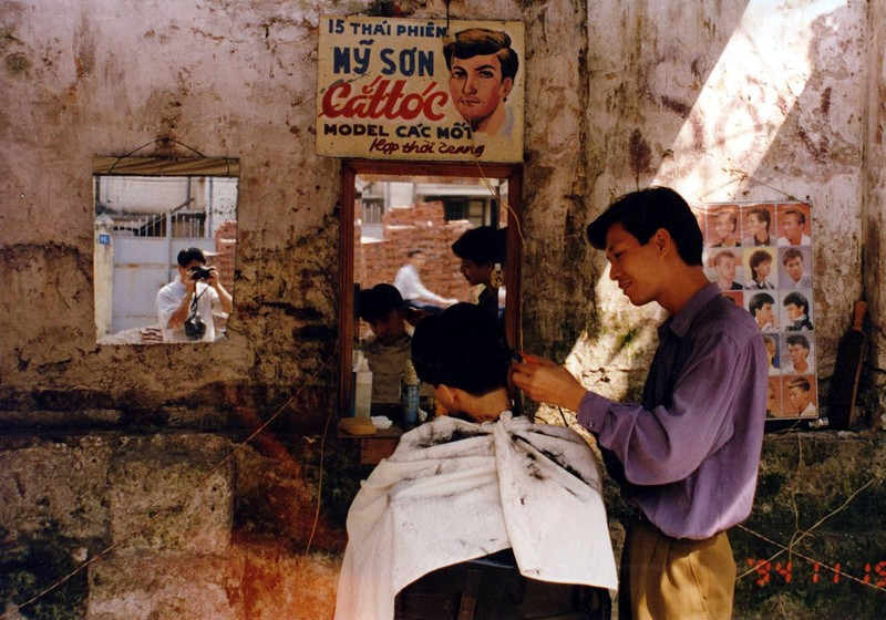 Ha Noi nam 1994 cuc chat qua ong kinh nguoi Nhat-Hinh-10