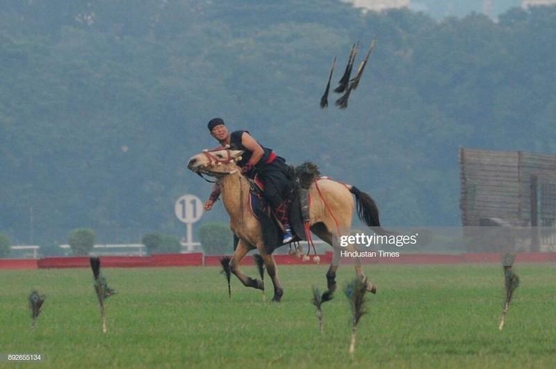 Biet gi ve arambai, sieu vu khi cua chien binh toc nguoi Meitei o Myanmar-Hinh-3