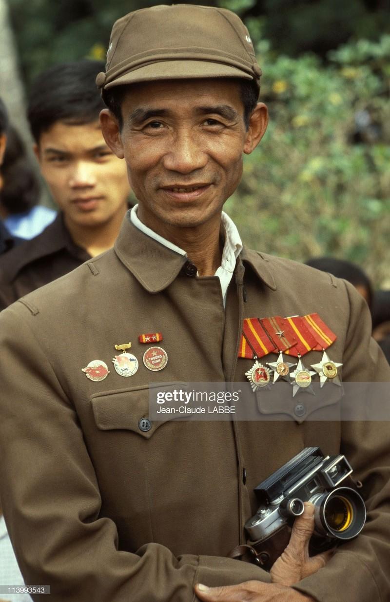 Ha Noi nam 1994 sinh dong qua ong kinh nhiep anh gia Phap (2)-Hinh-10