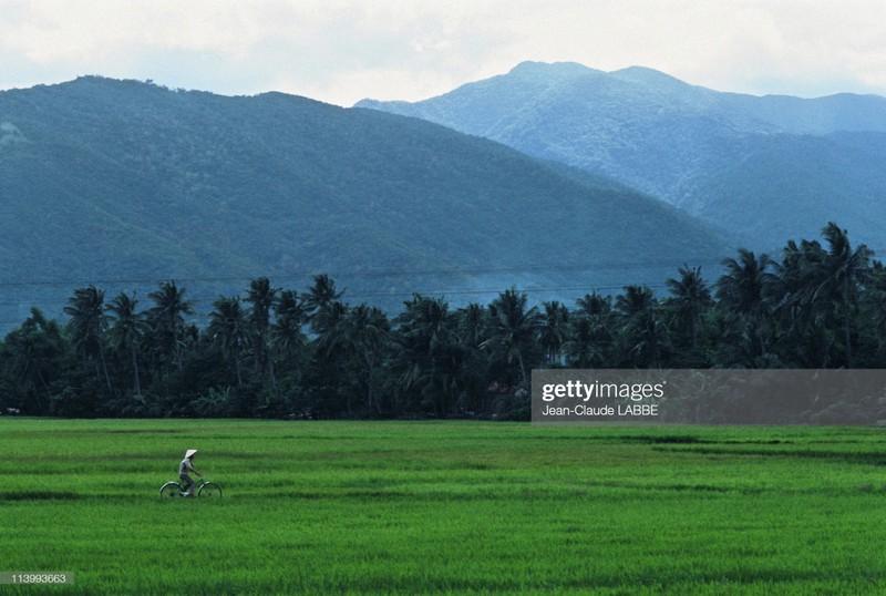 Cuoc song than thuong o nong thon Viet Nam dau thap nien 1990-Hinh-16