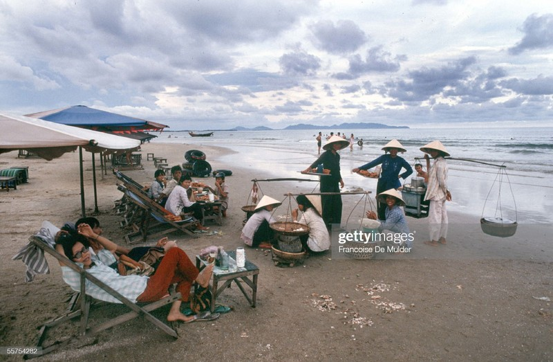 Vung Tau nhung nam 1989 qua ong kinh phong vien Phap-Hinh-3
