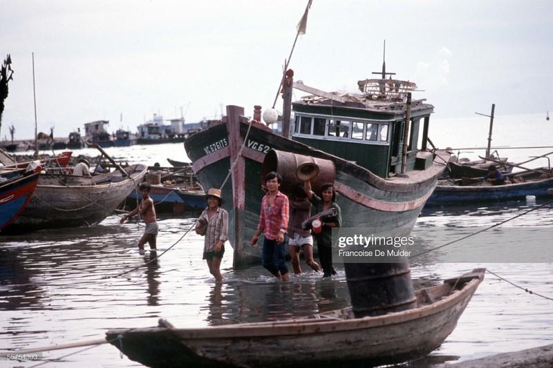 Vung Tau nhung nam 1989 qua ong kinh phong vien Phap-Hinh-6