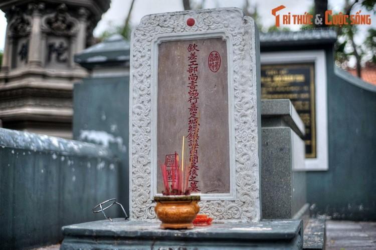 Lich su loat mo co cac nhan tai hang dau cua vua Gia Long-Hinh-11