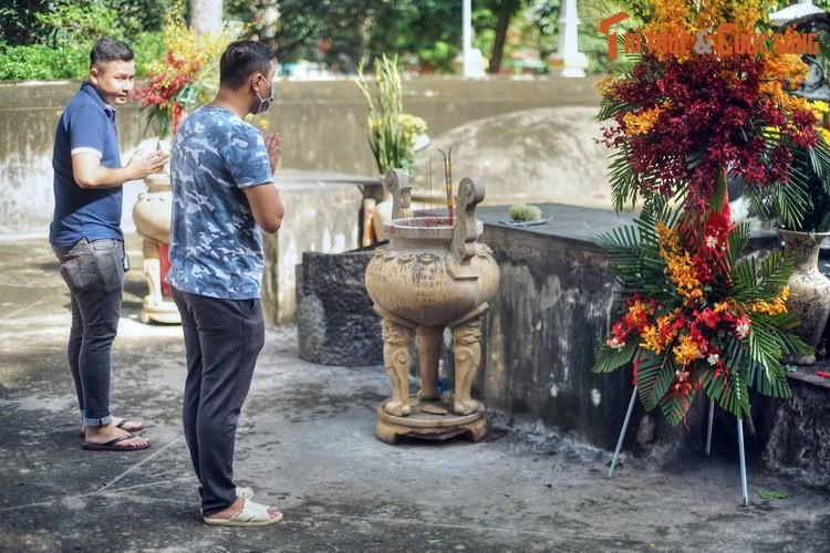 Lich su loat mo co cac nhan tai hang dau cua vua Gia Long-Hinh-4