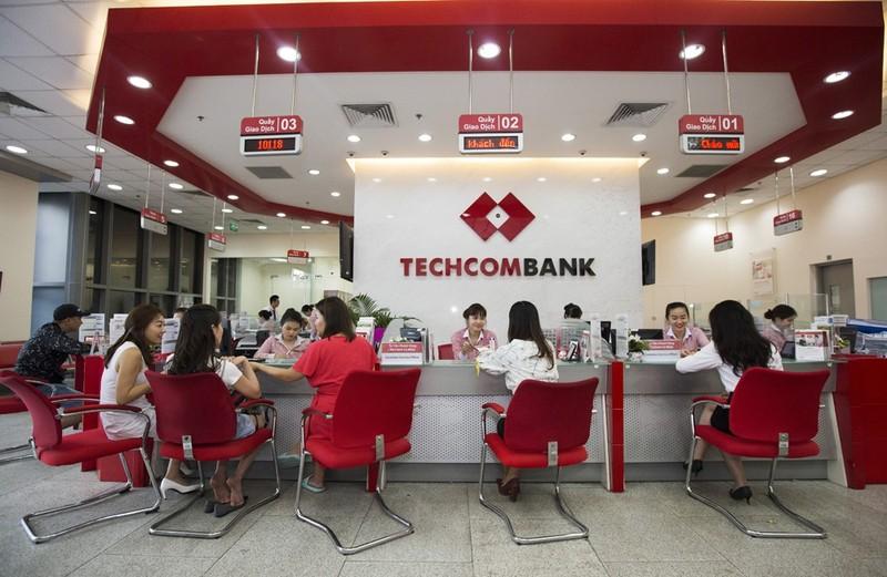 Techcombank bao lai rong quy 2 hon 4.711 ty, no xau chi 0,4%