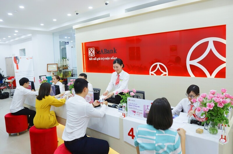 SeABank: Tien gui khach hang sut giam, loi nhuan 6 thang gap 2,4 lan