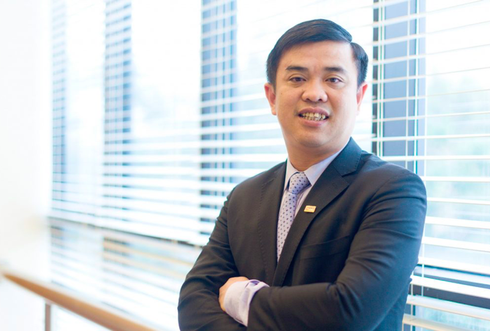 Vi sao Tong giam doc SHB Nguyen Van Le tu nhiem?