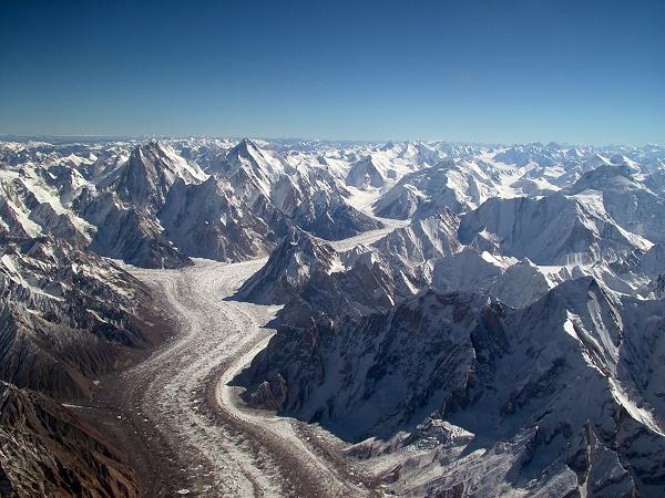 Gan 2 ty nguoi bi de doa tinh mang khi nui Himalaya dang tan chay-Hinh-8
