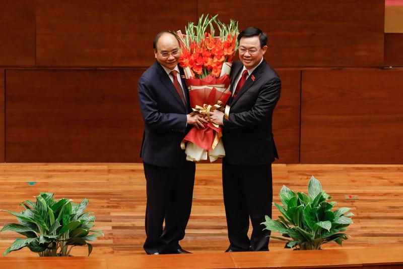 Chu tich nuoc Nguyen Xuan Phuc: 'Con tau Viet Nam da vuot qua mot hai trinh don dap, day bao to'