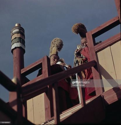 Loat anh dac sac ve the gioi tam linh o Ulan Bator nam 1962-Hinh-7