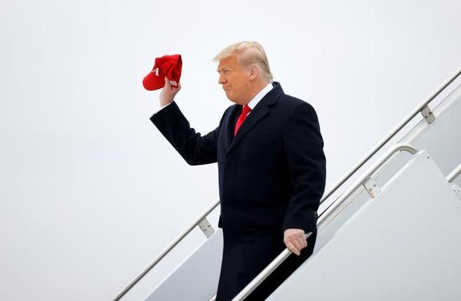 Tong thong Trump tham buc tuong bien gioi My-Mexico-Hinh-10