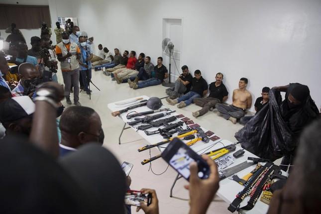 17 nghi pham da bi bat giu lien quan den vu am sat Tong thong Haiti Jovenel Moise