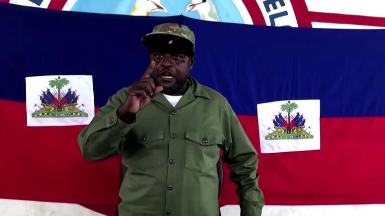 """Chan dung trum bang dang tuyen bo """"soc"""" sau vu am sat Tong thong Haiti-Hinh-11"""