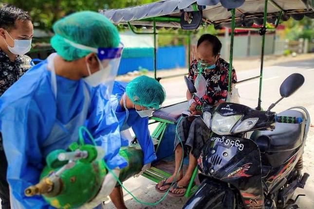 Myanmar dang quay cuong doi pho voi lan song COVID-19 nhu the nao?-Hinh-7