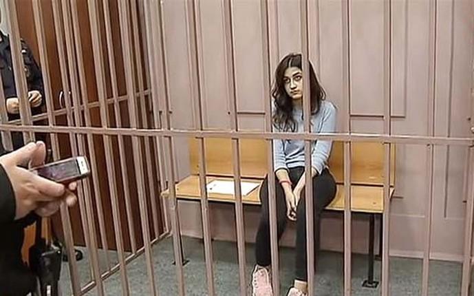 3 con gai ong trum mafia Mikhail Khachaturyan sat hai cha?-Hinh-8