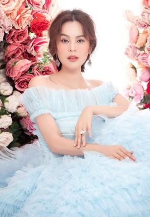 Can canh nhan sac hoa hau Phuong Le buoc sang tuoi 41-Hinh-3