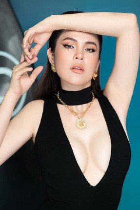 Can canh nhan sac hoa hau Phuong Le buoc sang tuoi 41-Hinh-9