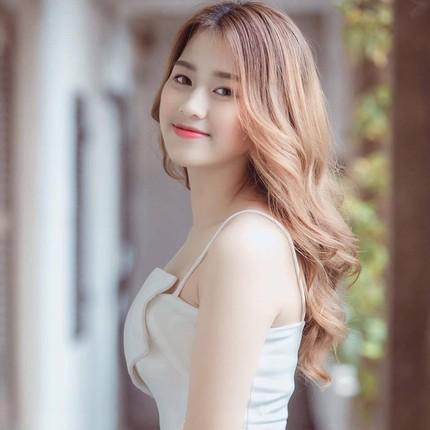 Hoa hau Viet Nam Do Thi Ha voi gu thoi trang nu tinh cuc xinh-Hinh-11
