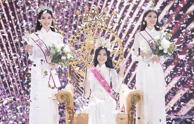 Hoa hau Viet Nam Do Thi Ha voi gu thoi trang nu tinh cuc xinh