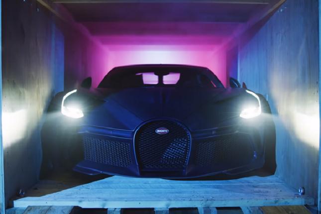 Can canh sieu xe Bugatti Divo gia cao chot vot 130 ty dong-Hinh-2