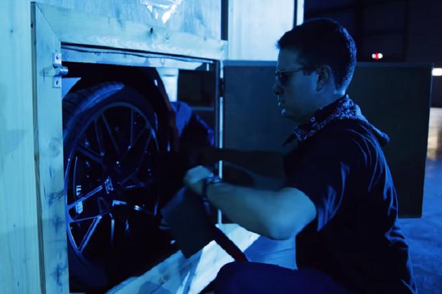 Can canh sieu xe Bugatti Divo gia cao chot vot 130 ty dong-Hinh-3