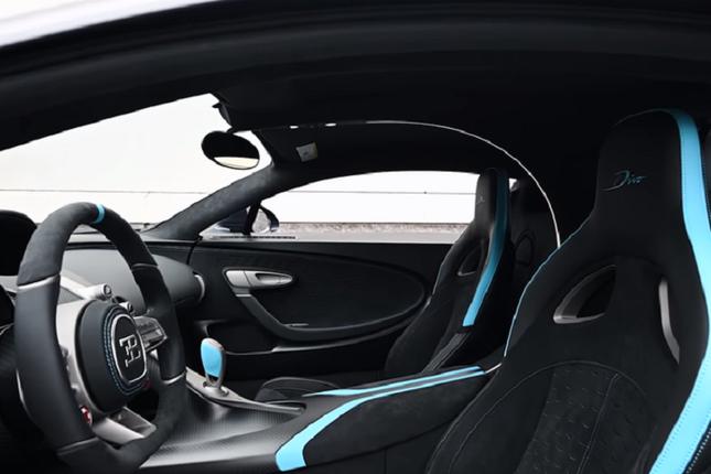 Can canh sieu xe Bugatti Divo gia cao chot vot 130 ty dong-Hinh-4