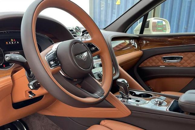 Chi tiet sieu xe Bentley Bentayga V8 gia hon 15 ty dong-Hinh-3