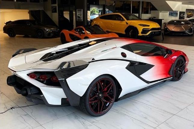 Can canh Lamborghini Sian hybrid gia hon 82 ty dong-Hinh-3