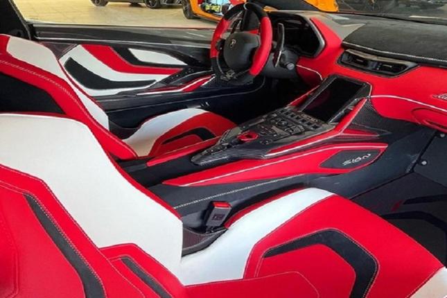 Can canh Lamborghini Sian hybrid gia hon 82 ty dong-Hinh-4
