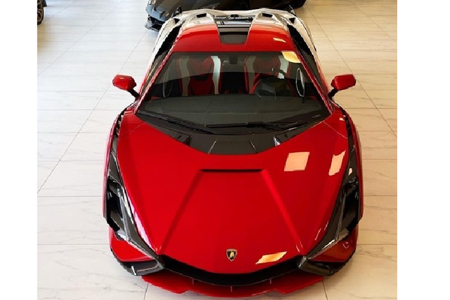 Can canh Lamborghini Sian hybrid gia hon 82 ty dong