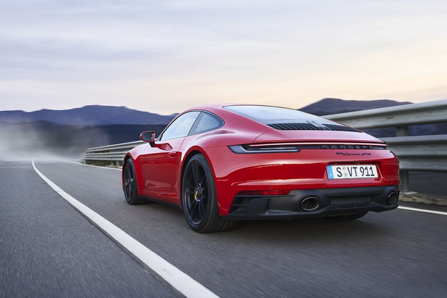 Can canh Porsche 911 GTS 2022 khoang 3,2 ty dong-Hinh-10