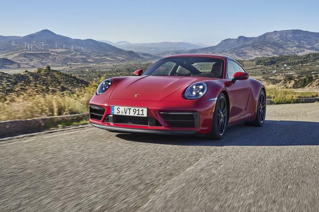 Can canh Porsche 911 GTS 2022 khoang 3,2 ty dong-Hinh-2