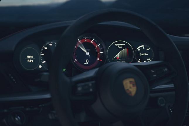 Can canh Porsche 911 GTS 2022 khoang 3,2 ty dong-Hinh-5